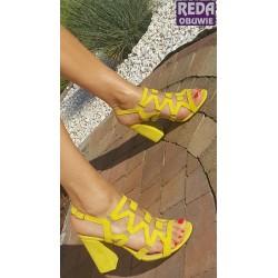 Sandały na obcasie żółe  Damiss Ds-192
